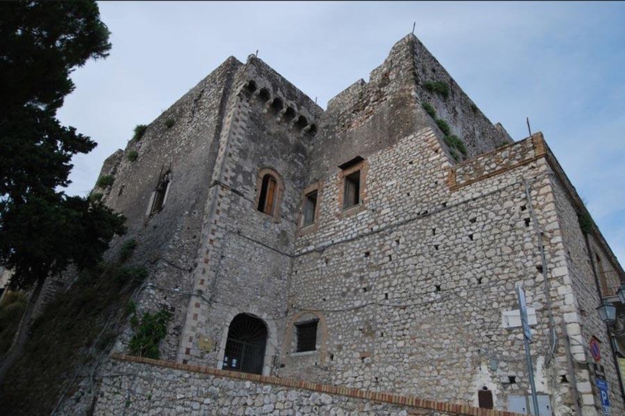 Castello Baronale(sede ex asili)